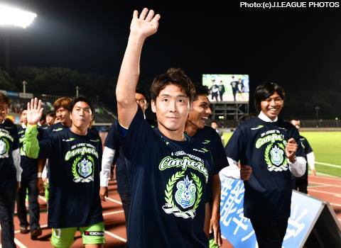 mvp mf 6 永木 亮太 湘南 2014 eg awards j league division 2